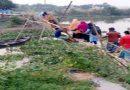 কুমিল্লায় বালু খেকুদের তান্ডব রাস্তা কেটে বাঁশের সাঁকো